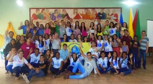 Juventude e Famílias Missionárias do Centro-Oeste projetam caminhada a partir da Alegria do Evangelho