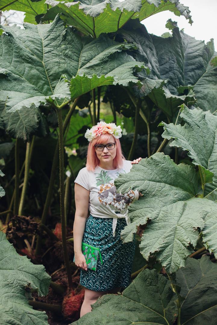 Scottish blogger, pastel coral hair DIY, blogger favourite hairstyle,tropical jungle, scotstreetstyle, Glasgow, palm house, Royal Botanical Garden Edinburgh, H&M cactus bag, style blogger, girlgang