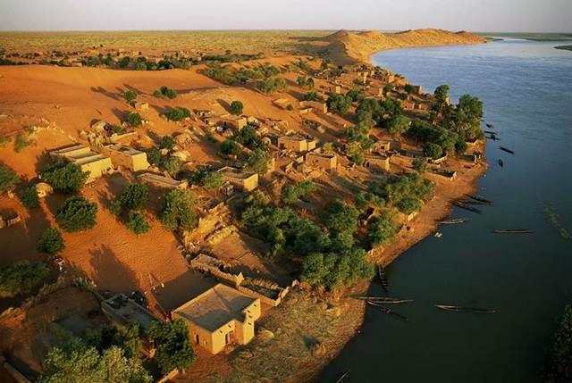 kampung Bartaga di Sungai Niger, Mali