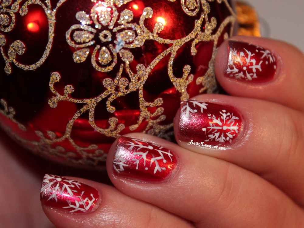 Glitzy snowflake nail art for the holiday season - Set in Lacquer