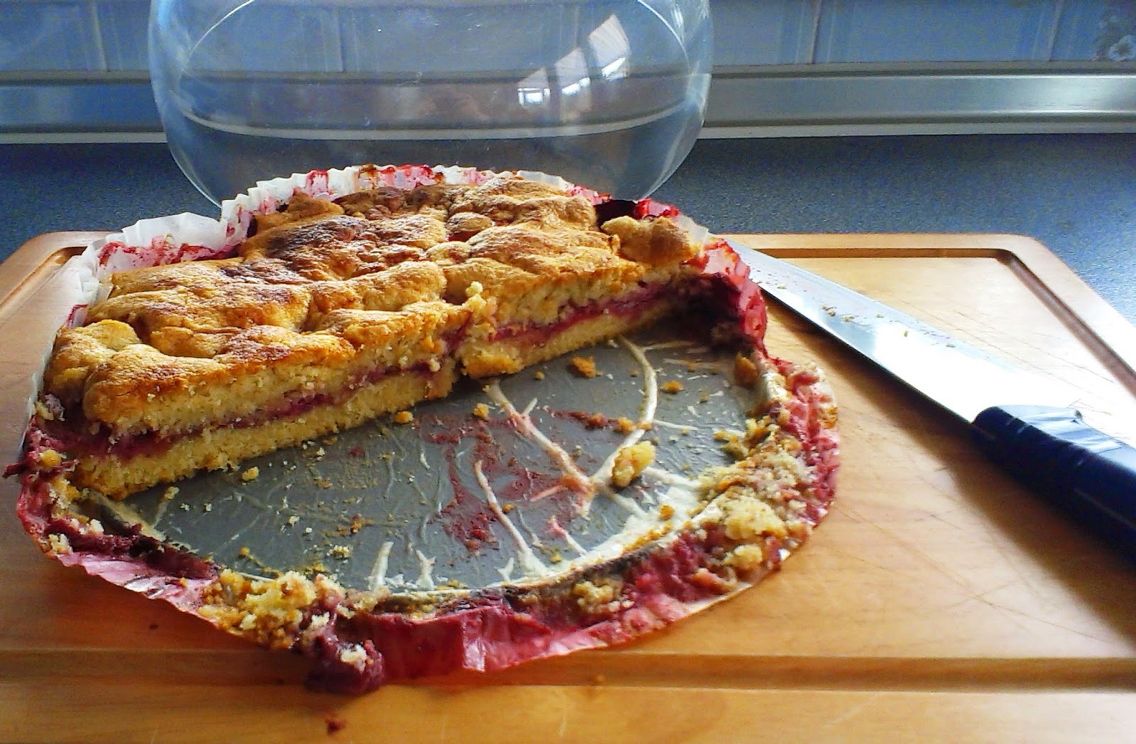 Strawberry and Cinnamon Torte