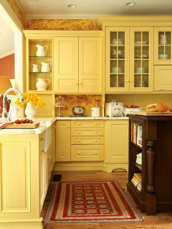 Modern furniture traditional kitchen design ideas 2011 for Blue kitchen cabinets with yellow walls