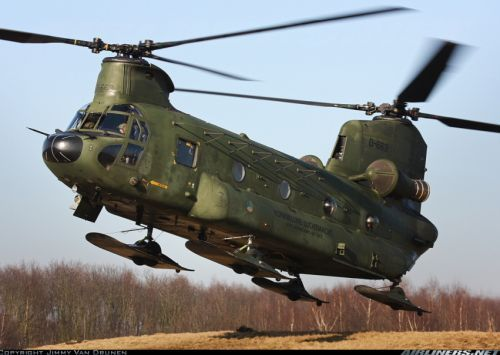 Helikopter Boeing CH-47 Chinook