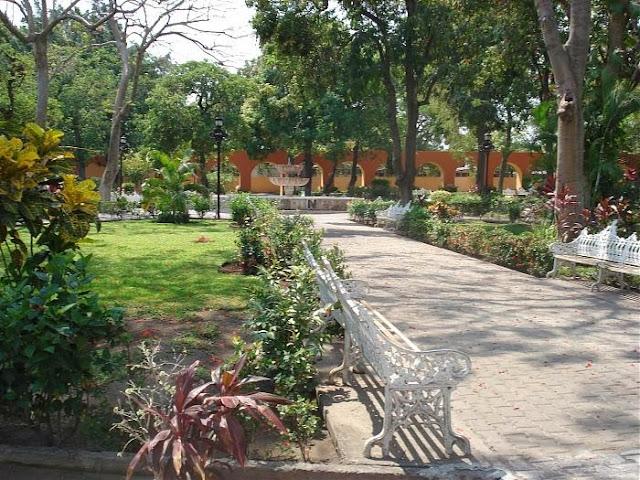 El Jardín de la Corregidora - Colima