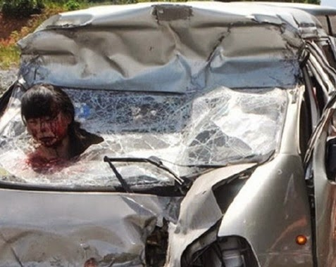 accidente-coche-cabeza-parabrisas