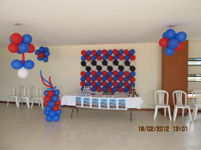 Fiesta tematica cars fiestas tematicas infantiles for Decoracion del hogar en medellin