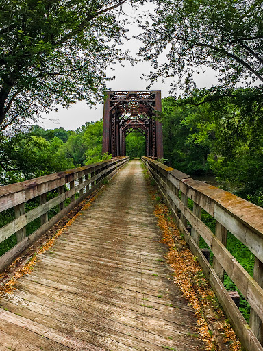 Bicycling the Great River State Trail