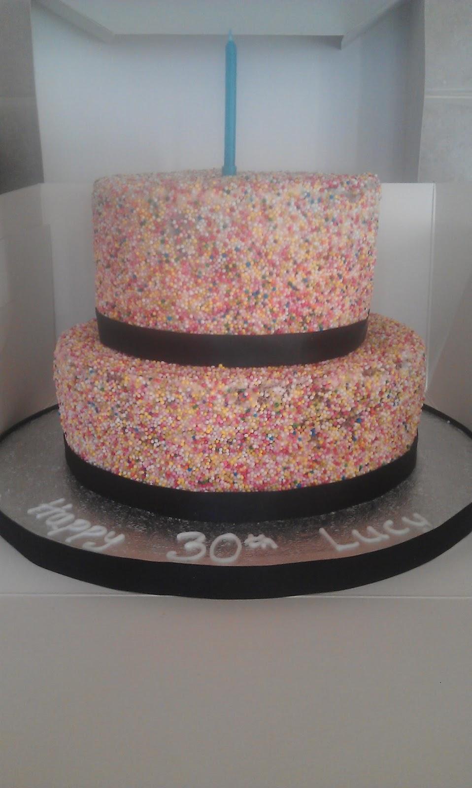 Custom Cake Designs Uk : Custom Cake Design: August 2013
