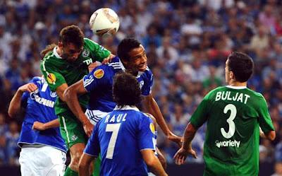 Schalke 3 - 1 Maccabi Haifa (1)