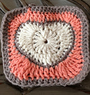 http://translate.googleusercontent.com/translate_c?depth=1&hl=es&rurl=translate.google.es&sl=en&tl=es&u=http://www.annoocrochet.com/2013/01/valentine-heart-granny-square-free.html&usg=ALkJrhi7fiMNpYJsMIjRGOPVphkt_iSoag