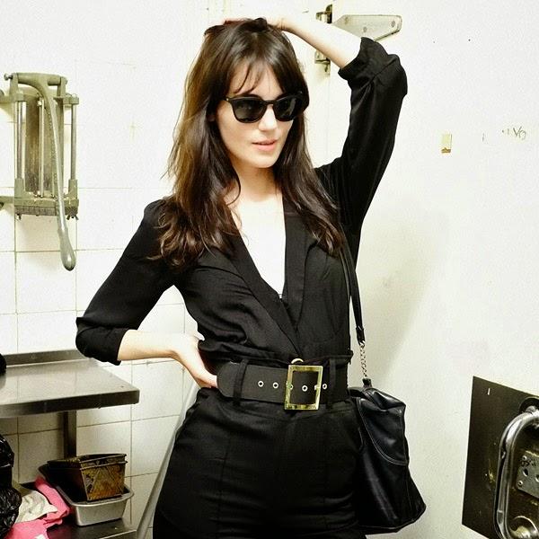 Sunglasses on location, Sydney fashion fashion shoot, on Instagram - Social Media Marketing, Photography by Kent Johnson