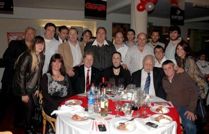 Lombardi con miembros de la Comisión Directiva
