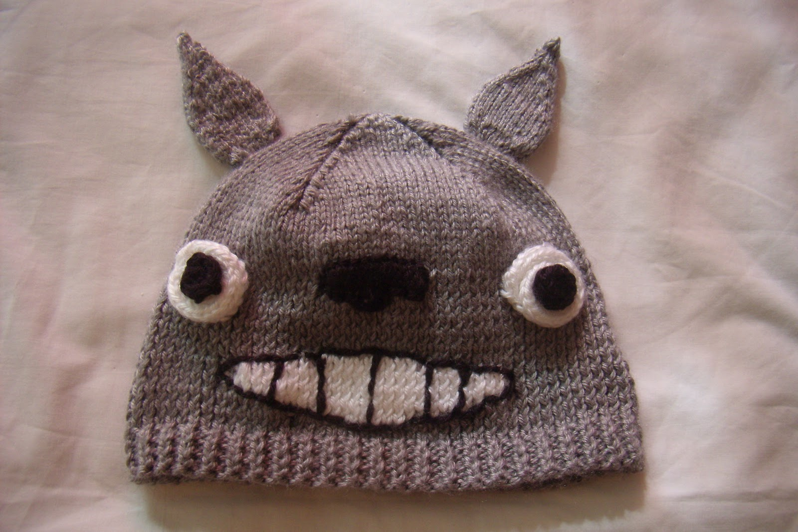 Knitting Pattern For Totoro Hat : Knit With Leng!: WIP Wednesday and Totoro Hat