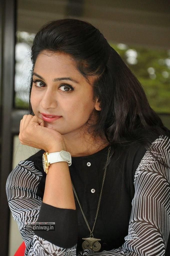 Actress-Smitika-Acharya-Stills-at-Jabili-Kosam-Akasamalle-Success-Meet