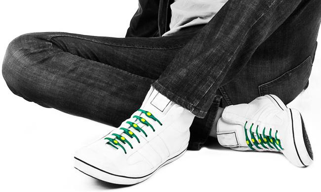 first rate 8797b a3d0b ... Gastón Frydlewski y su esposa Mariquel ha permitido resolver uno de los  problemas más incómodos de nuestros días  amarrar los cordones de los  zapatos.