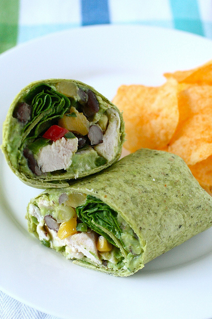 ... Skinny Cook: Roasted Chicken & Black Bean Salsa Wraps & Guacamole
