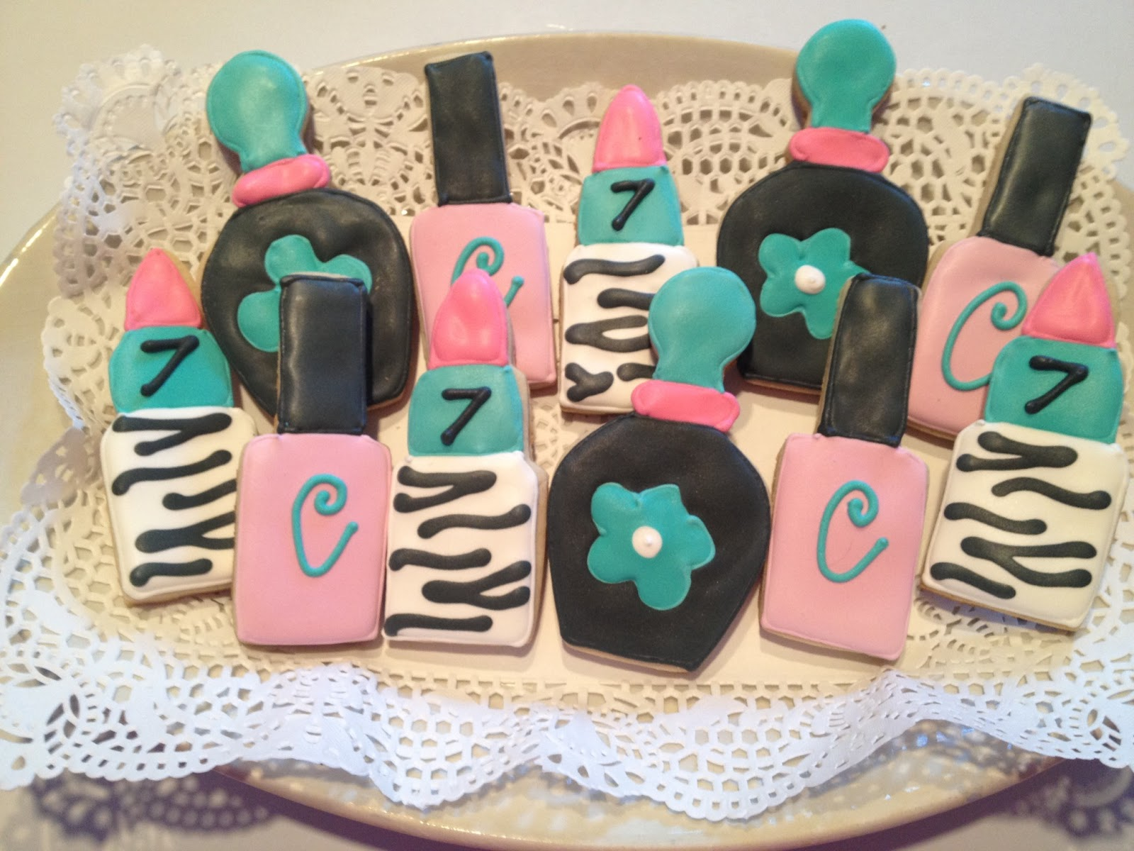 one preppy cookie spa birthday party cookies