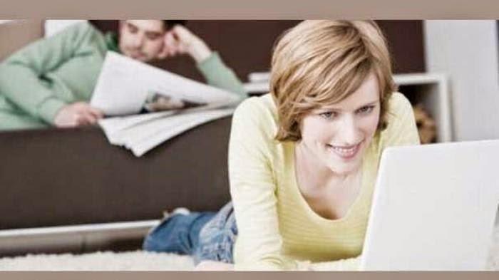 Semakin Intim di FB, Istri Direktur Kirimi Andri Rp 2 Juta