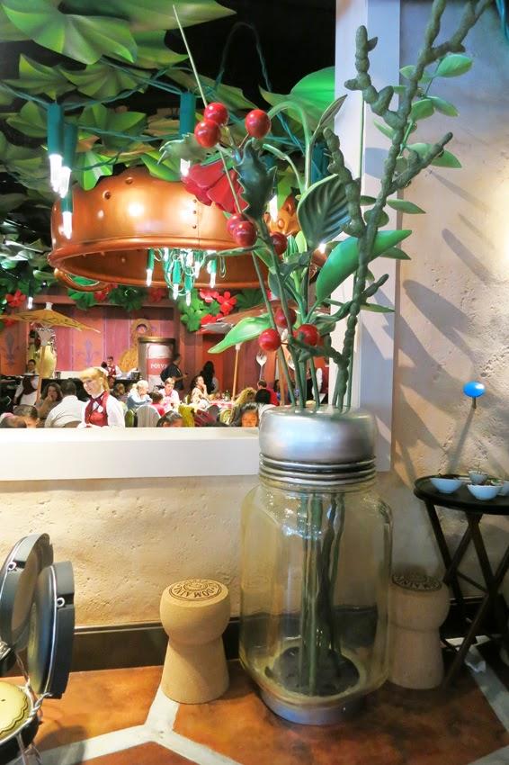 Restaurante Bistrot Che Rémy_centro floral bote de cristal