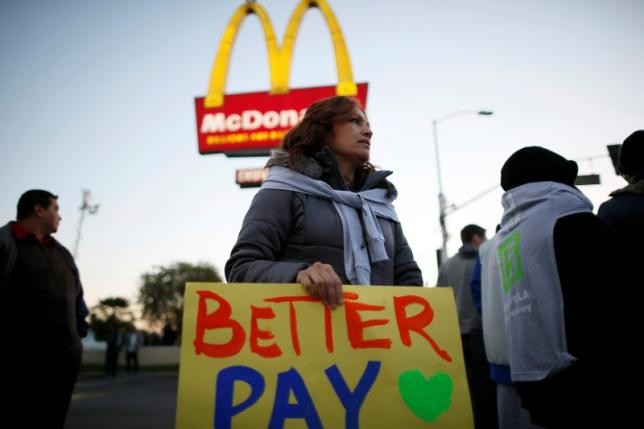 workers need a living wage essay