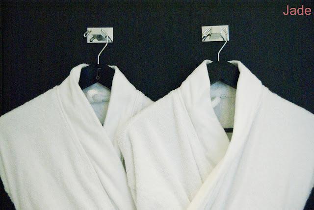 hotel felicien peignoirs