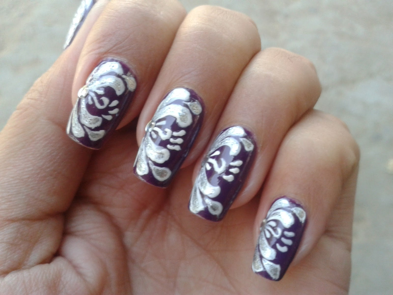 Beautifully hand painted nail design pictures