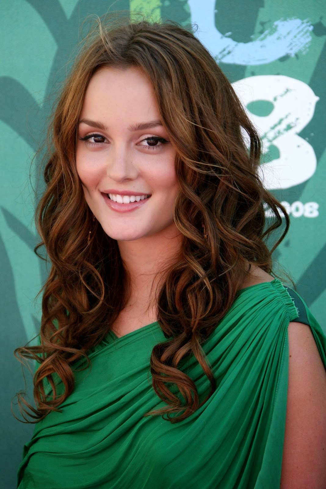 Curly hairstyles for long hair women