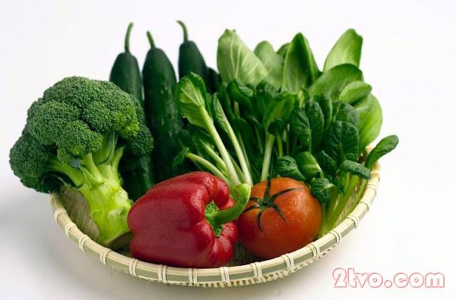 Những loại rau củ nên nấu chín hoặc ăn sống