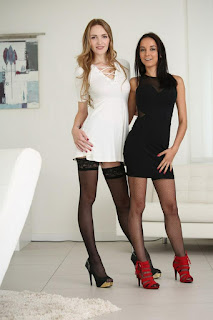 Hot ladies - rs-girls_776_99-717635.jpg