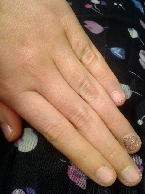 Nails Of The Day: Chanel Mica Rose & Models Own Pink Fizz ...