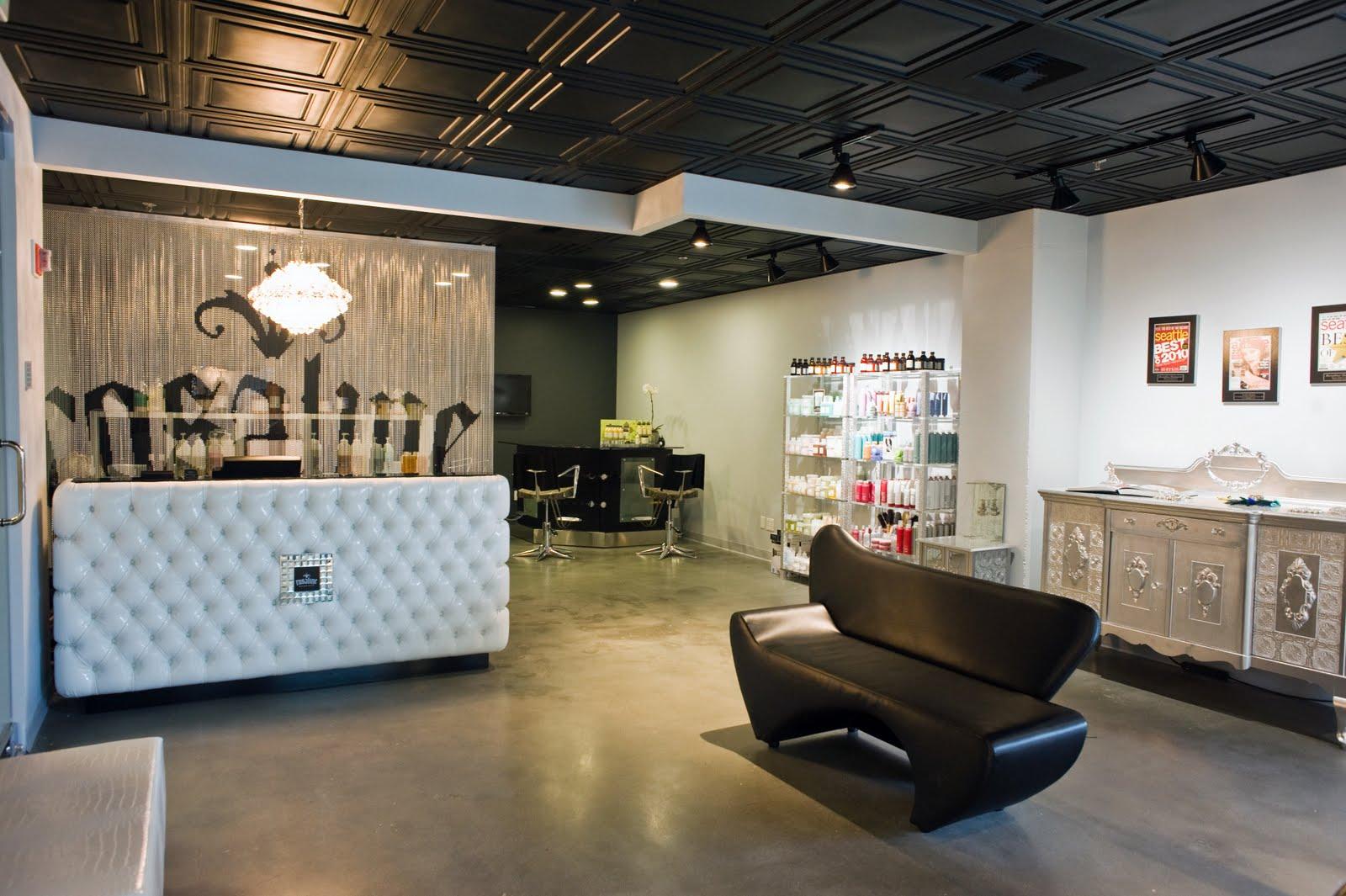Rosaline Hampton Opens Bellevue Location
