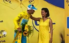 Tour de France: le maillot jaune se prend un râteau sur le podium