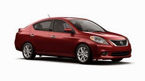 Mobil Nissan Versa irit dalam bahan bakar, terutama ketika dilengkapi dengan transmisi continuously variable. Nissan Versa hatchback Note banyak menawarkan ruang kargo untuk mobil subkompak, dan kabin yang luas.