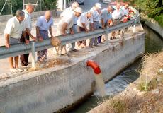 Agua de pozo a la acequia de Benetucer, Murcia