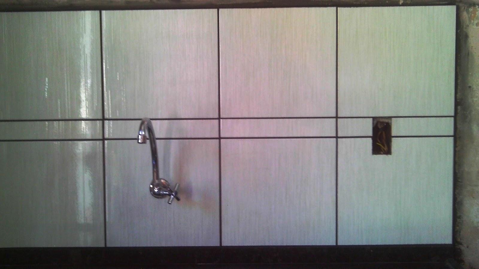 Casa da Marilda/Reforma Banheiro/Assentamento Piso/Revestimento Pia  #735864 1600x900 Banheiro Antigo Reforma