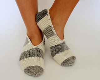 https://www.etsy.com/listing/162083216/striped-knitted-lambswool-women-slippers?ref=related-0