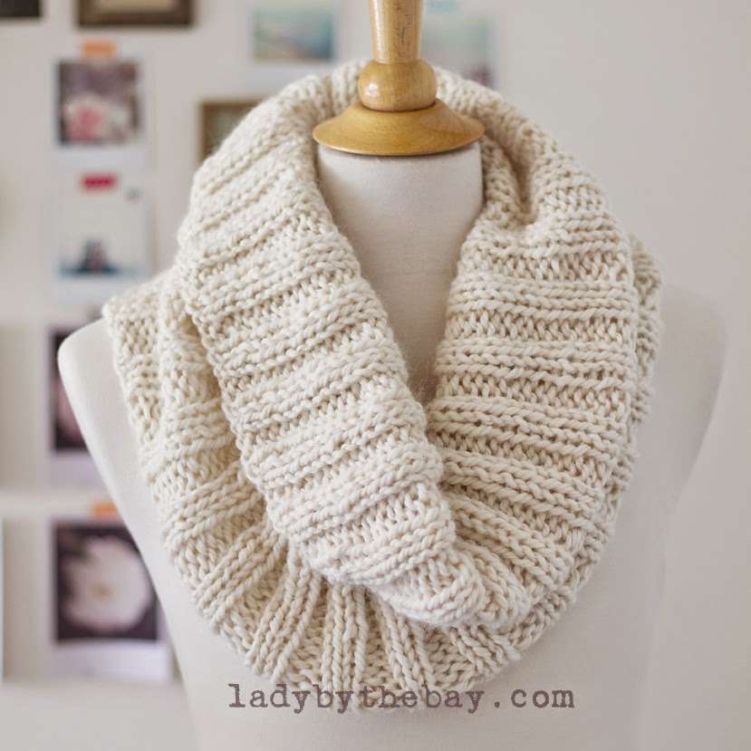 Knitting Patterns Scarf Size 19 Needles : Lady By The Bay: Cozy Ribbed Scarf Pattern