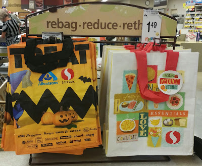 celebrating halloween with safeway the peanuts movie