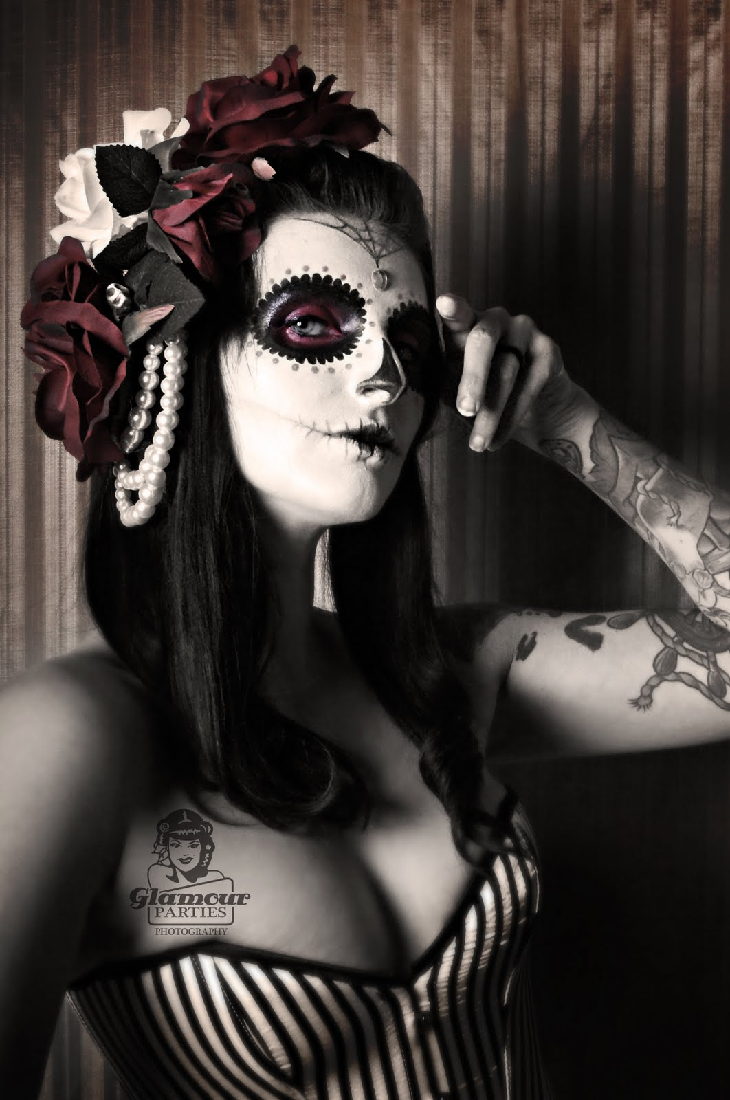 Message, Day of the dead girls nude