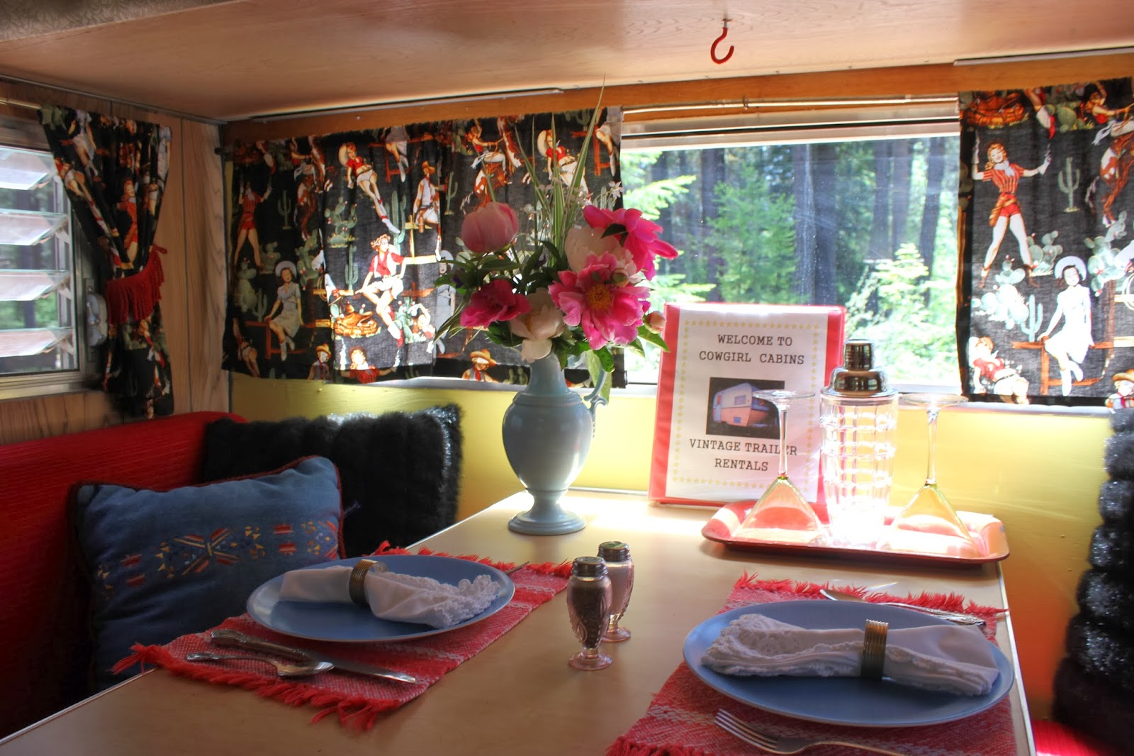 Cowgirl Cabins Trailer Rentals In Central Oregon