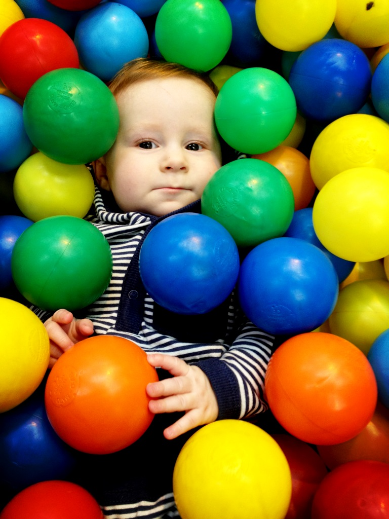 Birth of a mum conquering the ball pit for Ball pits near me