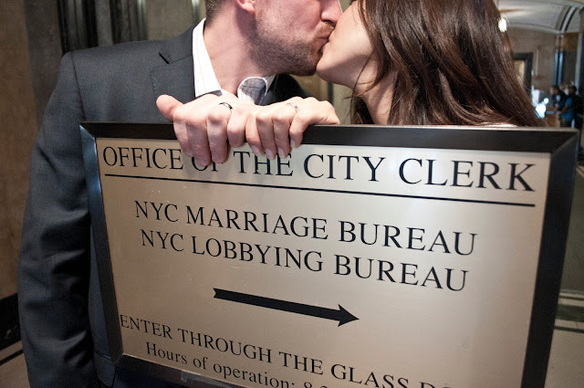 City Hall NYC Real Romance smooch
