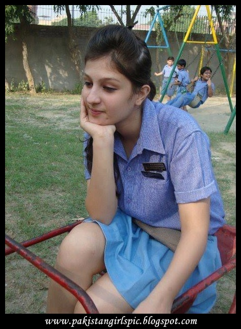 Your Pakistani school girls neket photo hd