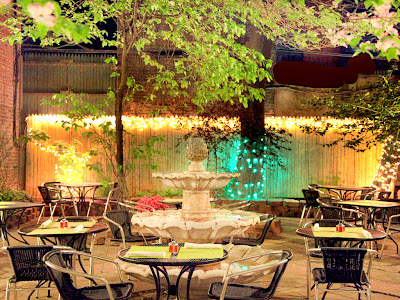 image of the garden at Jeanne et Gaston in NY, New York
