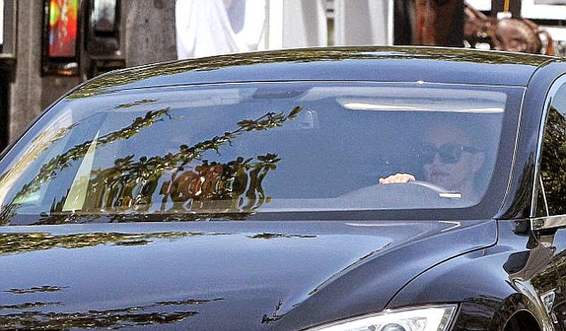 Cameron Diaz and the newest rumored new boyfriend, Benji Madden appears more close already after finishing their gym session on Saturday, May 17, 2014 at Beverly Hills.