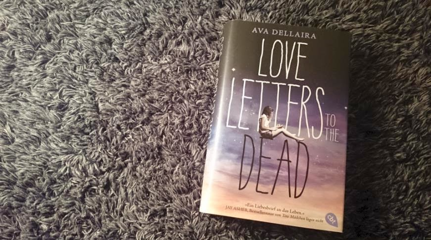 Walking About Rainbows Rezension Love Letters To The