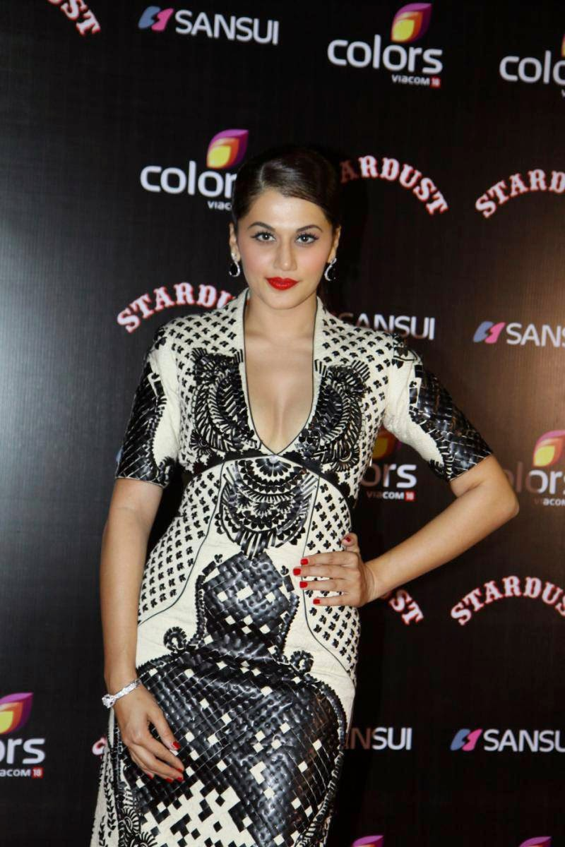 Taapsee Panny in Beautiful White Gown at Sansui Colrs Stardust Awards 2014 Must See