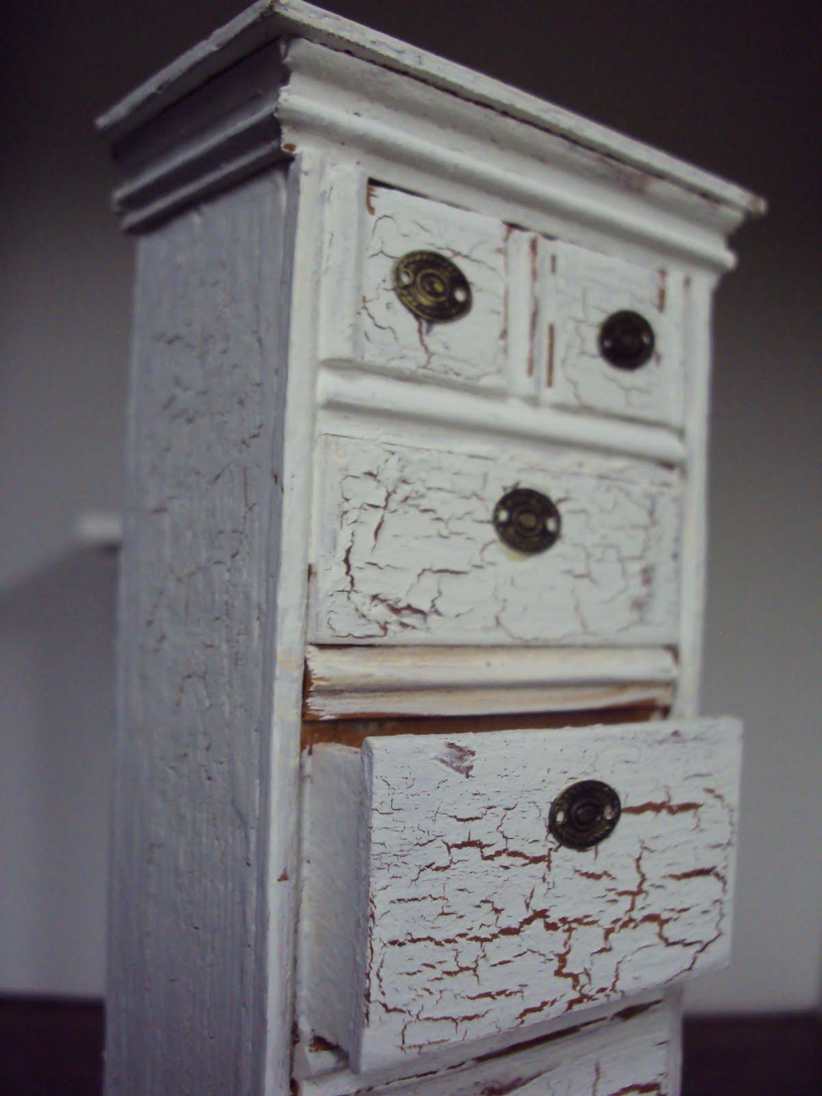 Antique daisy shabby miniature bureau tutorial - Mobili stile shabby ...