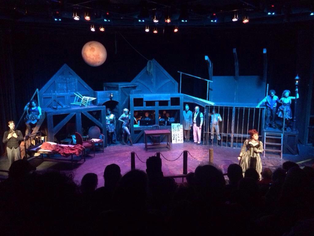 Threepenny Opera Set Design