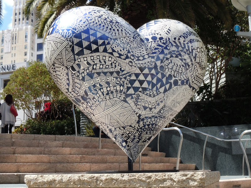 Hilary Pecis Untitled Heart sculpture